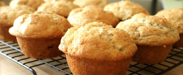 Post image for Muffins med hvid chokoladestykker